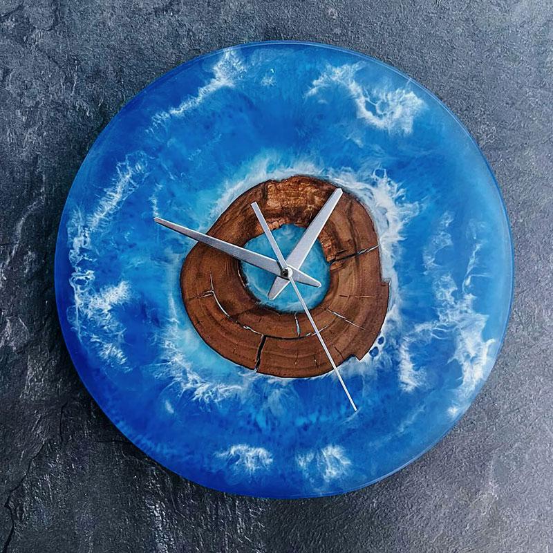 """Часы из эпоксидной смолы """"Море"""""""