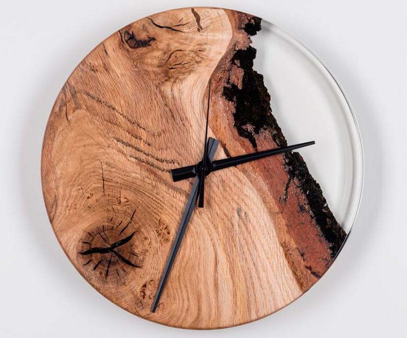Эксклюзивные часы с эпоксидной смолой