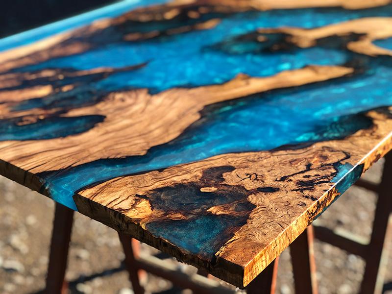 Стол из слэба с эпоксидной смолой