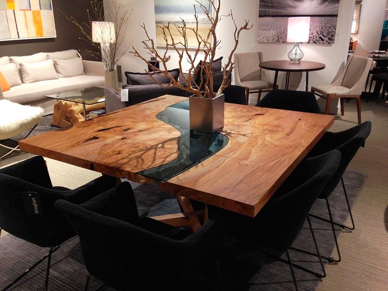 Эксклюзивный стол из слэба и эпоксидной смолы