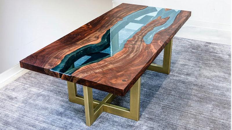 """Обеденный стол из массива дерева """"Река"""""""